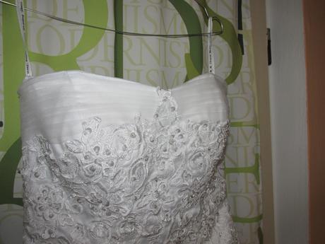 Svatební šaty (vel. 36-40) + spodnička, 38