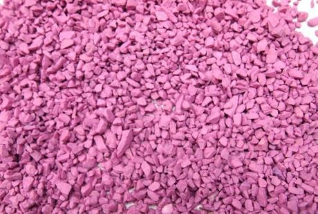 Dekoračný štrk ružovofialový 500g,