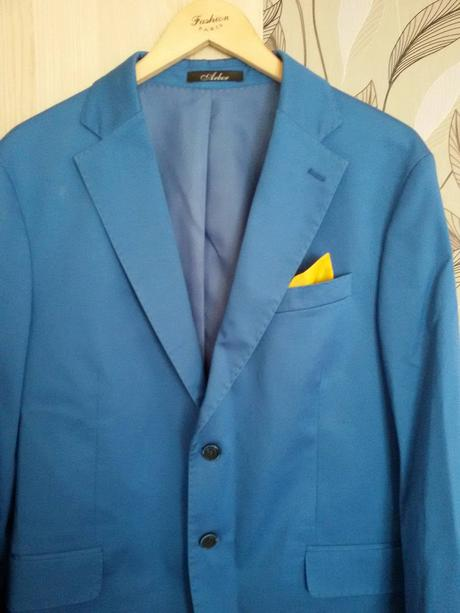 Pánsky modrý oblek, 52