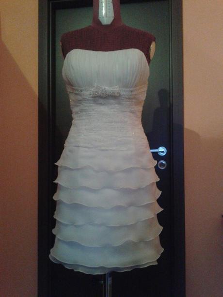Krátke aj dlhé svadobné šaty, 36