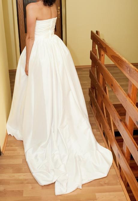 Luxusní svatební šaty , 36