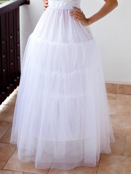 spodnička pod svatební šaty ,