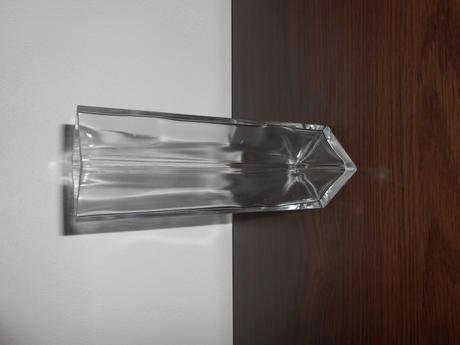 Hranatá váza,