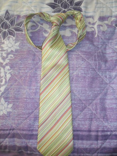 zelena kravata,