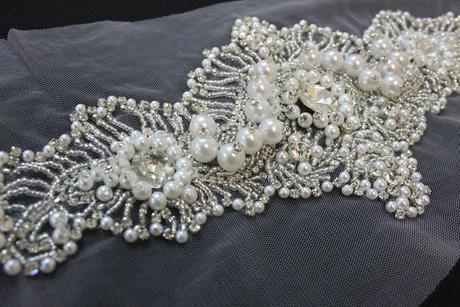 Opasky na svadobné šaty a aplikácie,