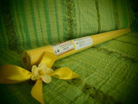 Papírový ubrus,
