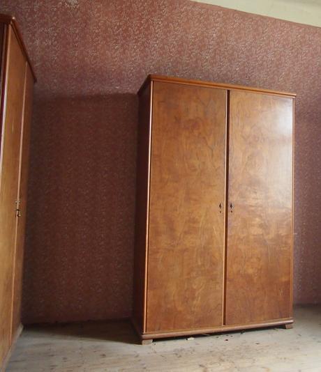 Staré skříně,