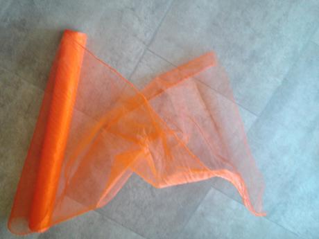 organza oranžová ,