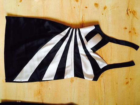 Černobílé společenské šaty vel. S, 36