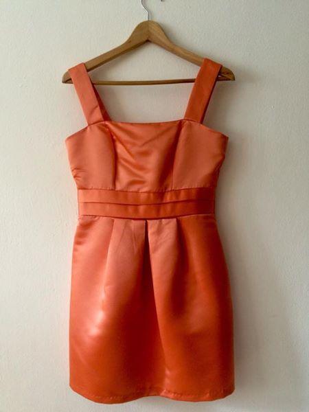 oranžové meruňkové šaty pro družičku,nevěstu, 40