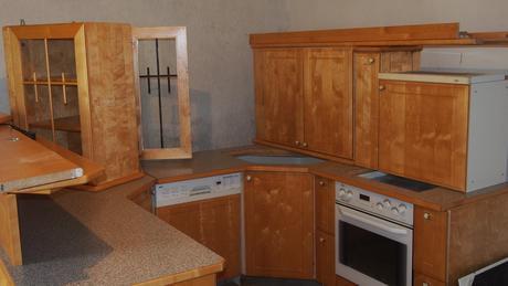 kuchynska linka leskle masívne brezove drevo,