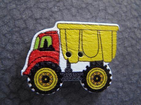 Ozdobne knoflíky auto/ mašinka/ vrtulník/ náklaďák,