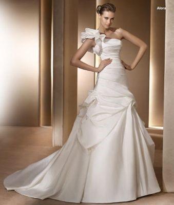 svatební šaty - elegantní, 38
