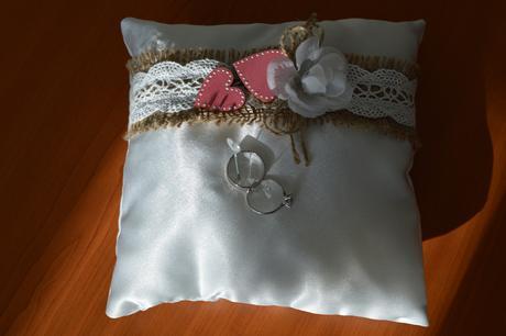 Vintage polštářek pod prstýnky,