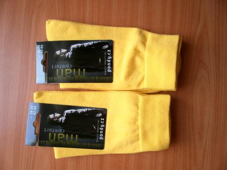 Žluté ponožky, 44