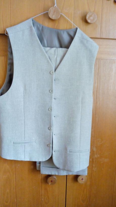 panský oblek, 48