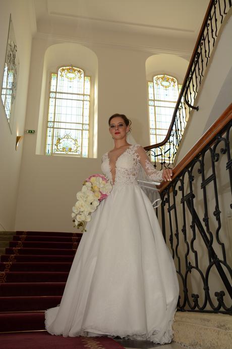 Luxusné svadobné šaty PREDAJ AJ POŽIČANIE , 38