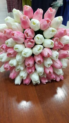 ruzove tulipany (cena s postou),