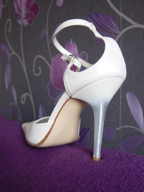 Kožené topánočky aj pre nevestu, 37
