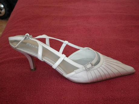 Snehobiele svadobné topánočky č. , 40