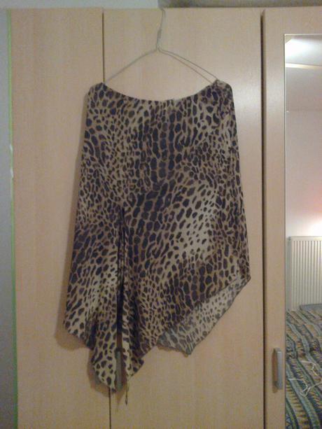 Spoločenská sukňa, 42