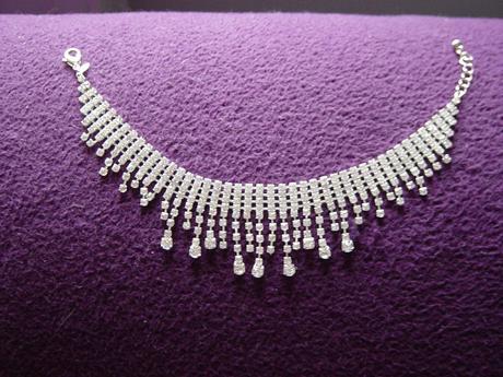 štrasový náramok/náhrdelník,
