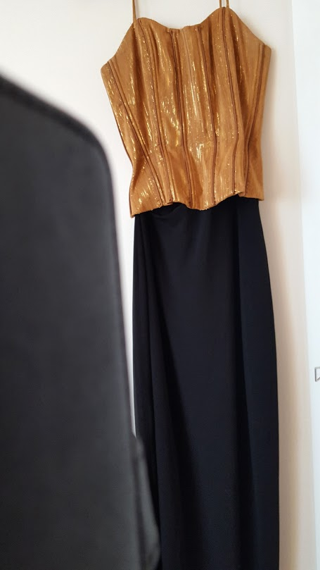 Spoločenské šaty (svadba, ples, promócie), 36