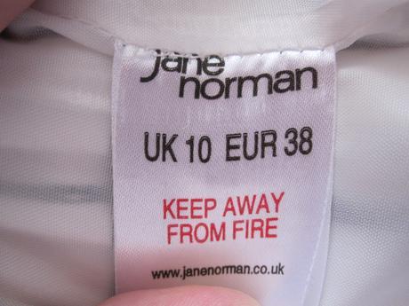 Jane Norman saty, 38