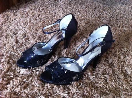 Spoločenské sandálky - flitry , 38