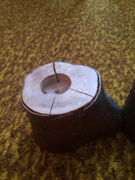 Dreveny hand-made svietnik,