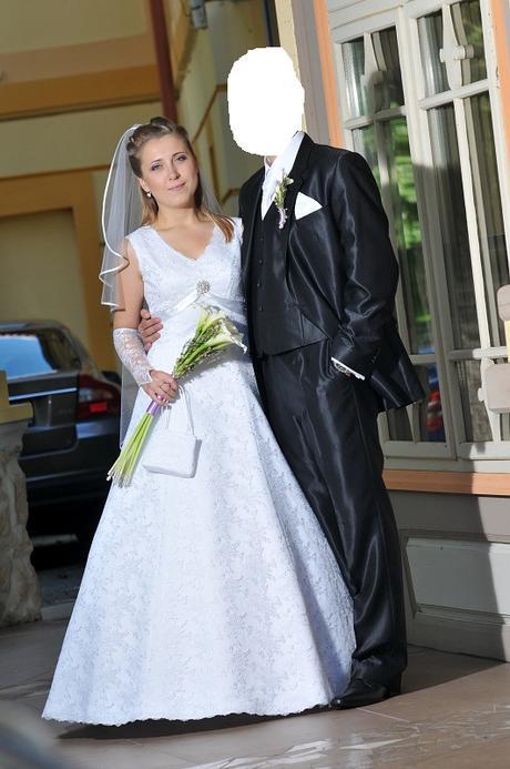 Šaty pravá talianska krajka + doplnky, 38
