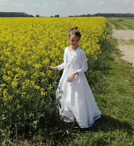 Šaty na svadbu alebo 1.sv.prijmanie, 140