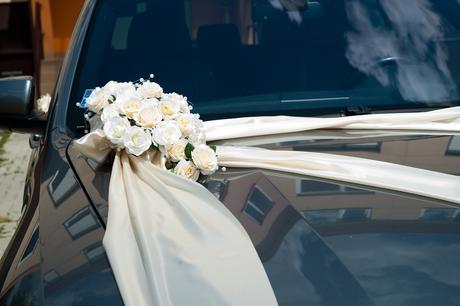 Výzdoba na auto bielo - bežova ,