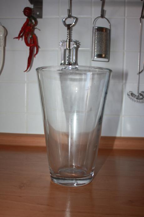 váza sklenená,