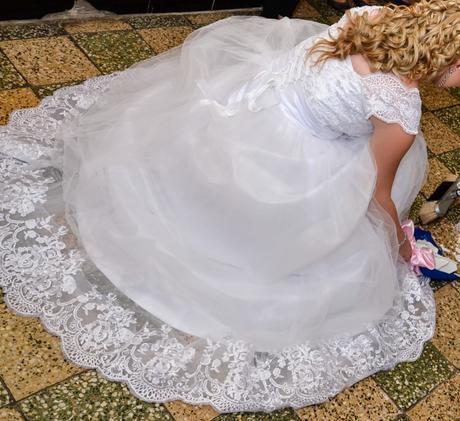 Svadobné šaty IRIAN, 40