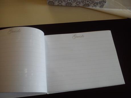 Svadobná kniha hostí,