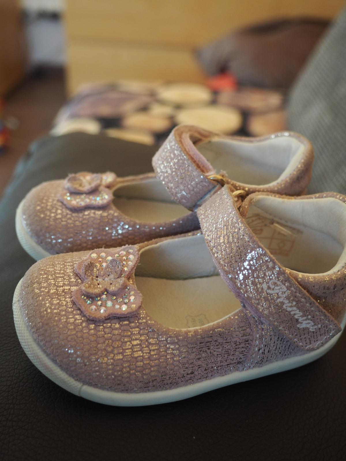 Boty sandálky primigi vel. 19 e216e36aeb