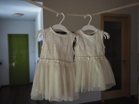 2 x šaty pro družičku / vel. 68 a 74, 74