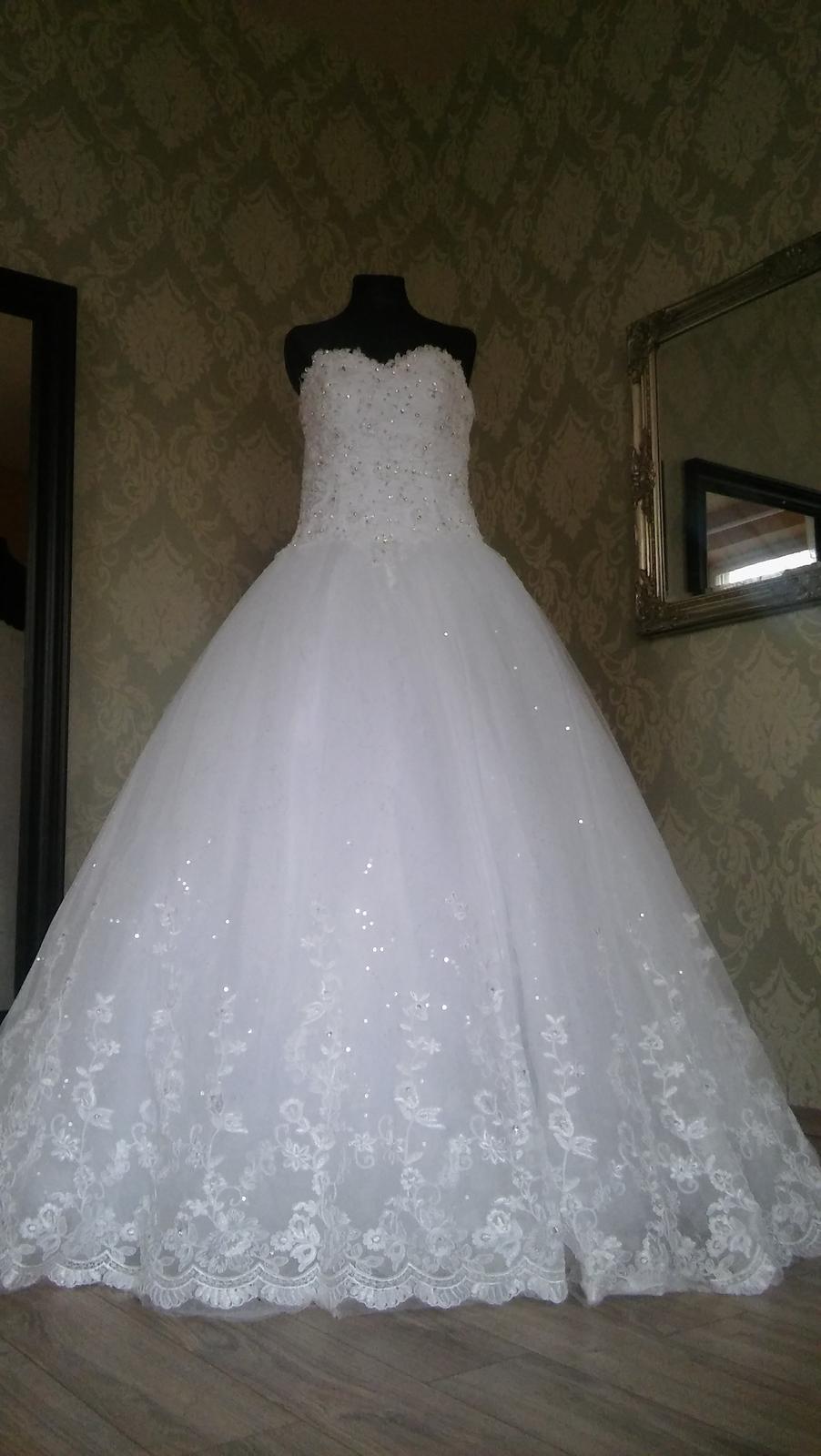 9d24d94760d8 Svadobné šaty šité na mieru