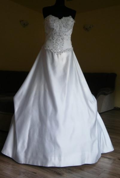 Svadobné šaty ihneď k odberu, 38