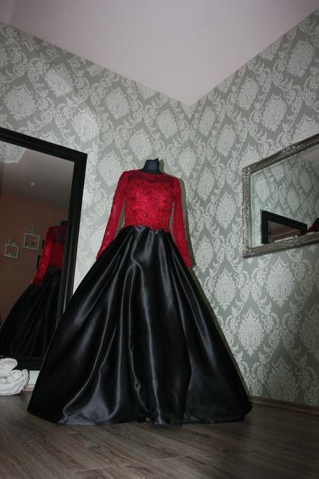 Svadobné / spoločenské šaty na mieru ,