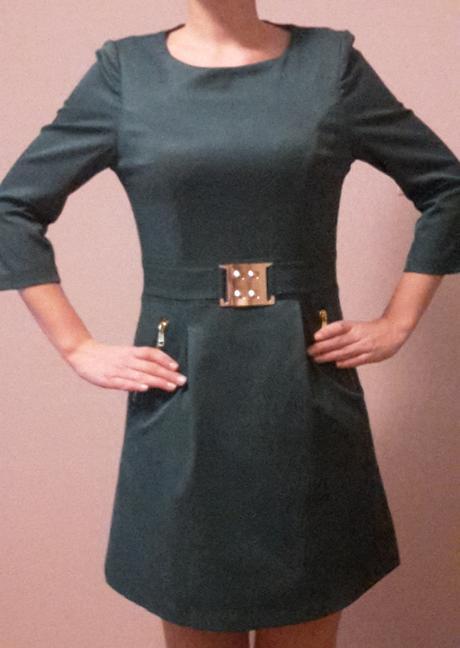 Nenosené krátke elegantné šaty, 36