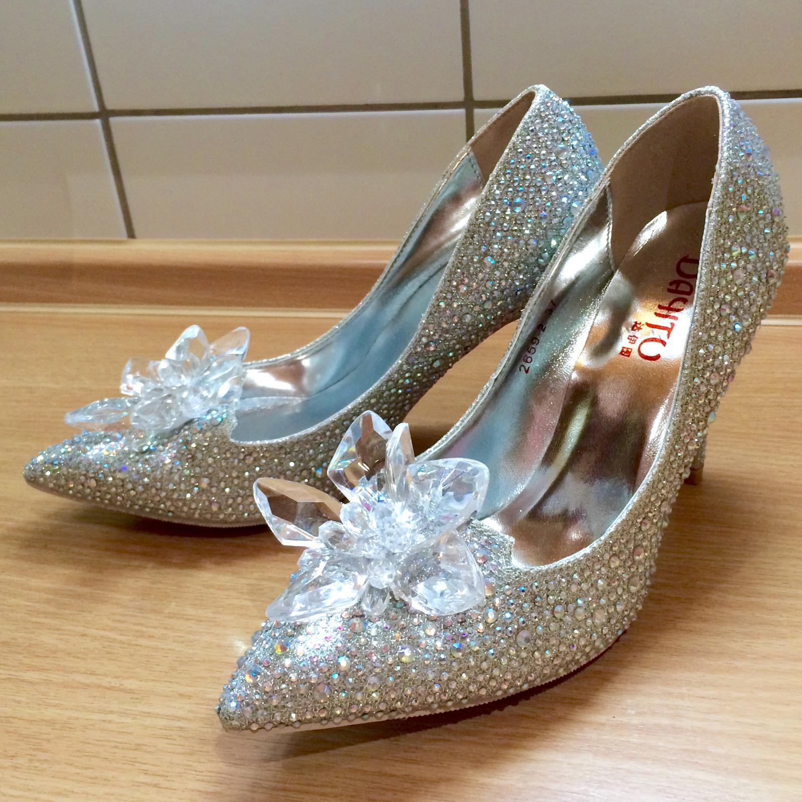 c3cf05b97d72 Svadobné topánky