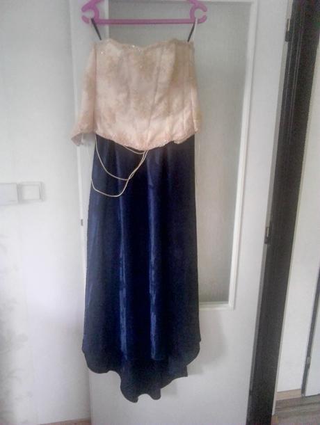 sukňa +2korzety, 36