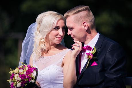 Svatební šaty s volnými zády, 38