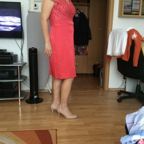 Spoločenské šaty so štrasovou ozdobou - L, 42