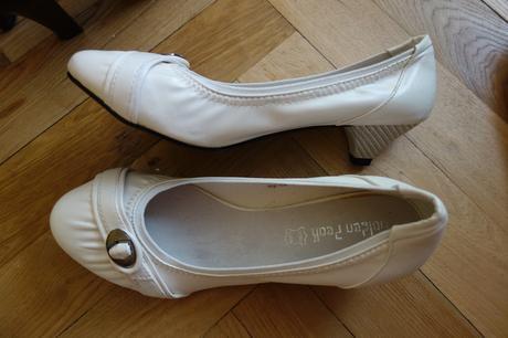 Bílé boty na nízkém podpatku, 40