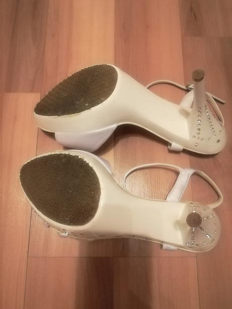 Kamienkove sandále , 38