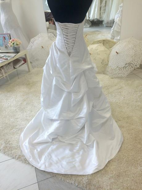 Alfred Angelo, 36