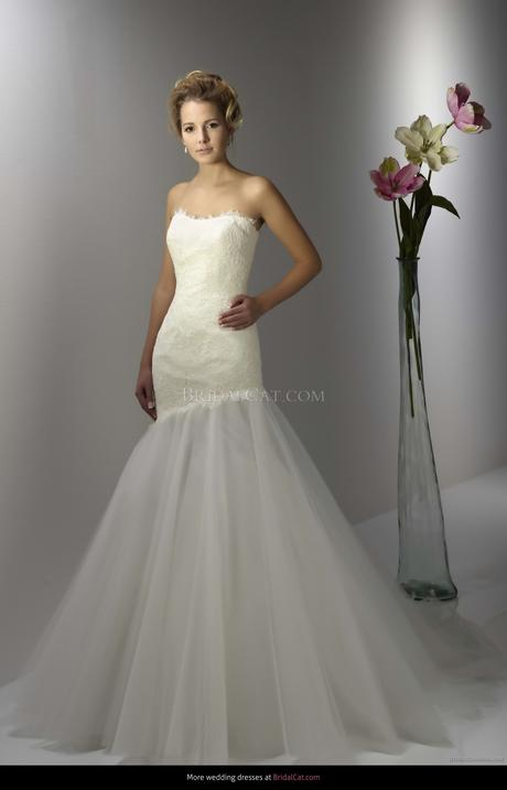 Svadobné šaty zn. Diane Legrand, 38